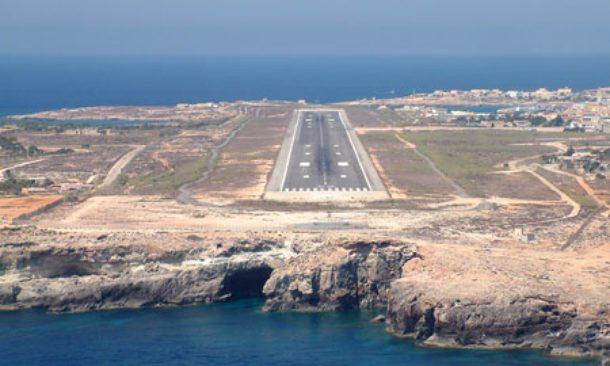 Record di voli e passeggeri a Lampedusa dal 2014 a oggi