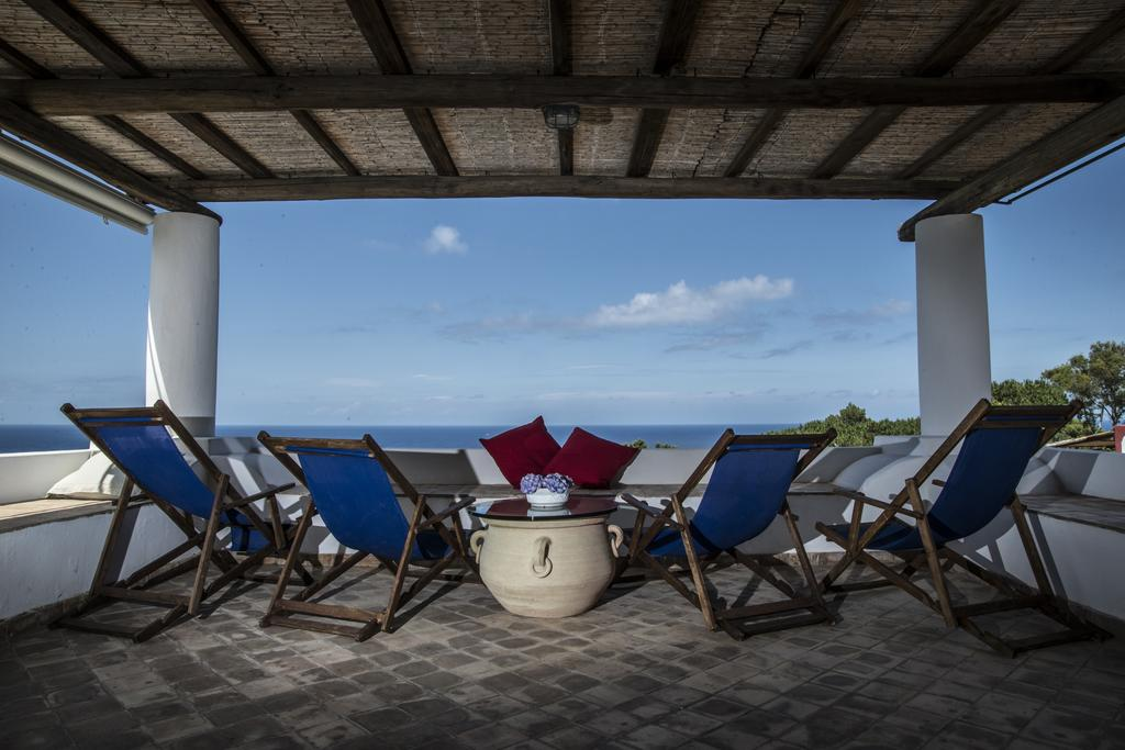 5 motivi per ricorrere all'advance booking - Isole Eolie Hotel Eolie Booking Lipari